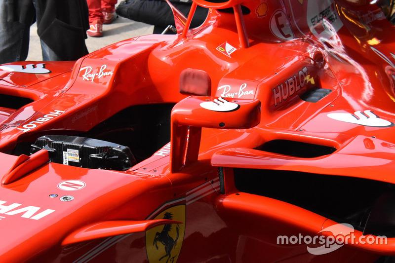 Spiegel van de Ferrari SF70H van Sebastian Vettel