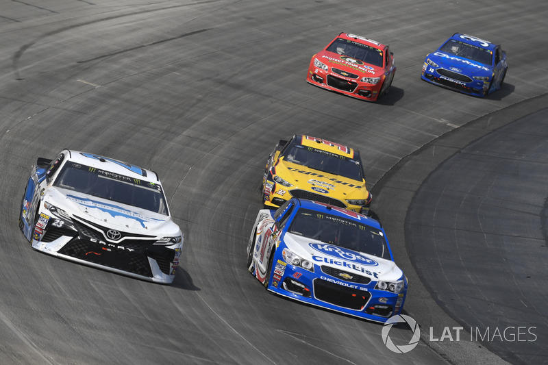 Gray Gaulding, BK Racing, Toyota; A.J. Allmendinger, JTG Daugherty Racing, Chevrolet; Matt DiBenedetto, Go Fas Racing, Ford