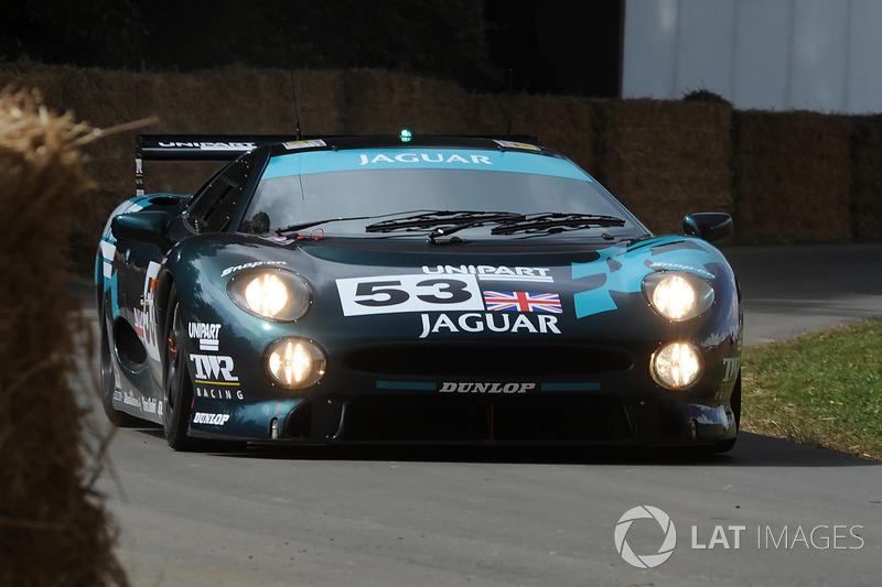 Justin Law Jaguar XJ220