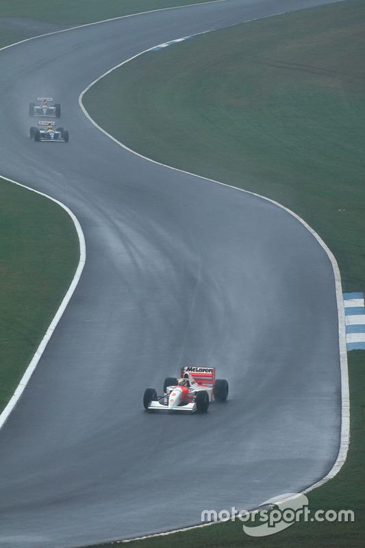 Ayrton Senna, McLaren MP4/8 Ford ve Alain Prost, Williams FW15C Renault