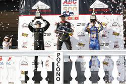 Podium : le vainqueur Will Power, Team Penske Chevrolet, le deuxième, Josef Newgarden, Team Penske Chevrolet, le troisième, Alexander Rossi, Curb Herta - Andretti Autosport Honda