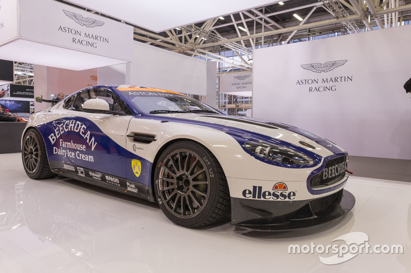 Beechdean AMR Aston Martin GT4