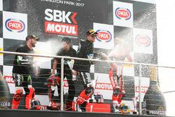 Podium: race winner Jonathan Rea, Kawasaki Racing, second place Tom Sykes, Kawasaki Racing, third place Chaz Davies, Ducati Team