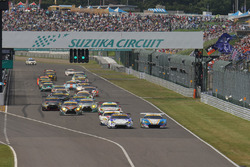 GT300 Start of the race action