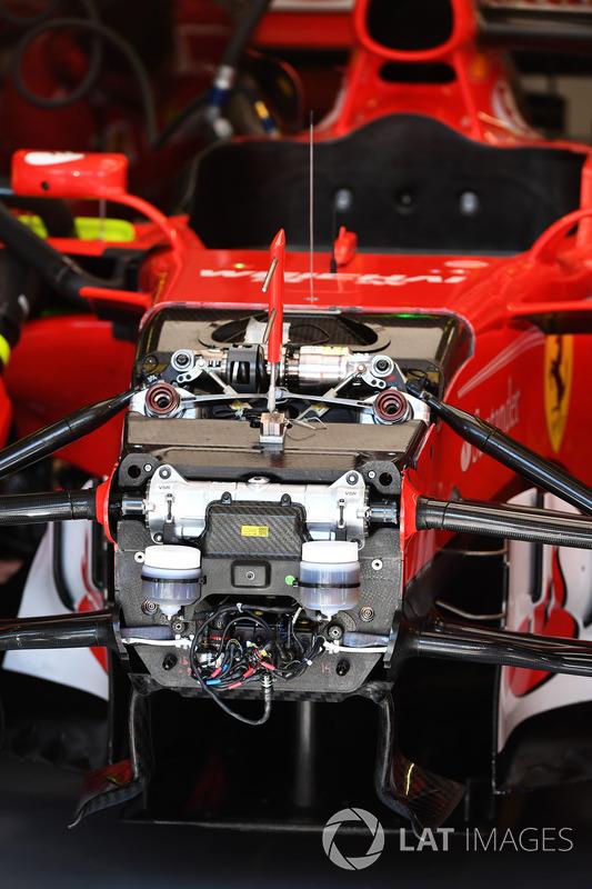 Передня підвіска і шасі Ferrari SF70-H