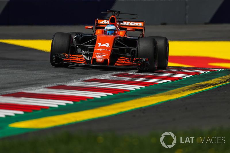 12. Фернандо Алонсо, McLaren MCL32