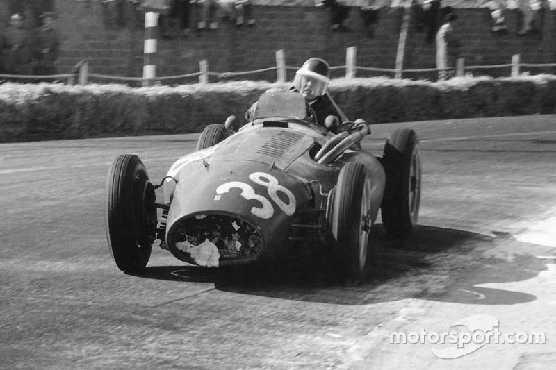 1953-1954: Ferrari 553 Squalo