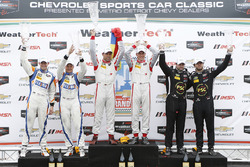 PC podium: winnaars Renger van der Zande, Alex Popow, tweede plaats Colin Braun, Jon Bennett, derde
