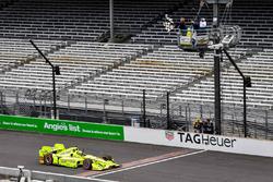 Simon Pagenaud, Team Penske Chevrolet takes the win