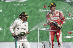Льюис Хэмилтон, Mercedes AMG F1, Себастьян Феттель, Ferrari