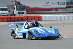 Maverick Viñales tests a Suzuki GSX1300R Hayabusa powered Radical SR3