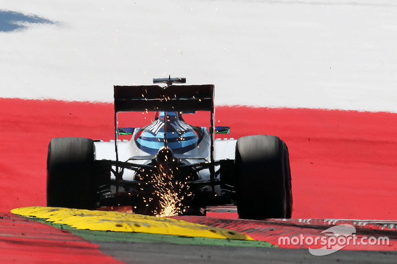 22 (desde el pitlane): Felipe Massa, Williams FW38