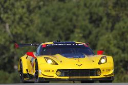 #4 Corvette Racing Chevrolet Corvette C7.R: Олівер Гевін, Томмі Мілнер, Марсель Фасслер