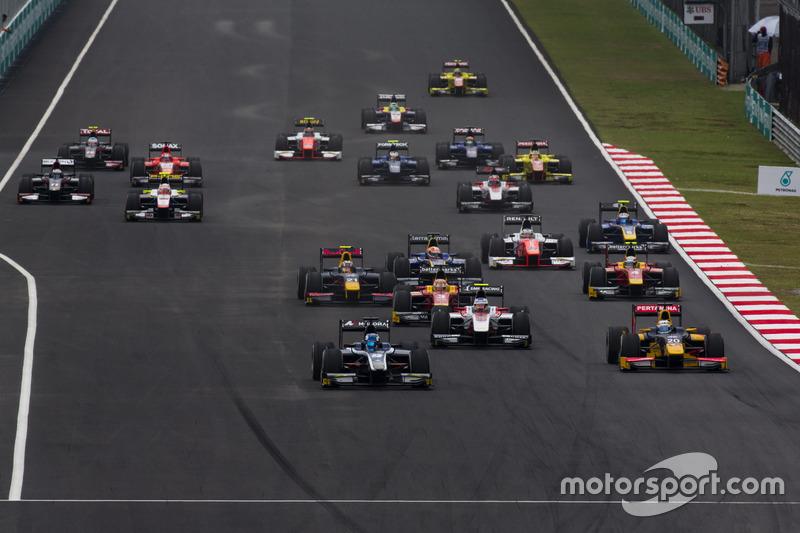 Raffaele Marciello, RUSSIAN TIME leads Antonio Giovinazzi, PREMA Racing and Sergey Sirotkin, ART Grand Prix
