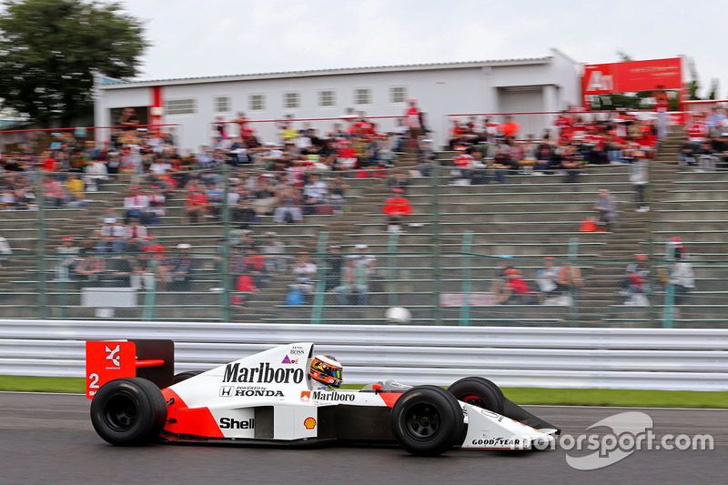 Stoffel Vandoorne, third driver, McLaren F1 Team drives the 1989 McLaren MP4/5 of Alain Prost