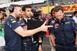 Саймон Ренни, Даниэль Риккардо и Кристиан Хорнер, Red Bull Racing