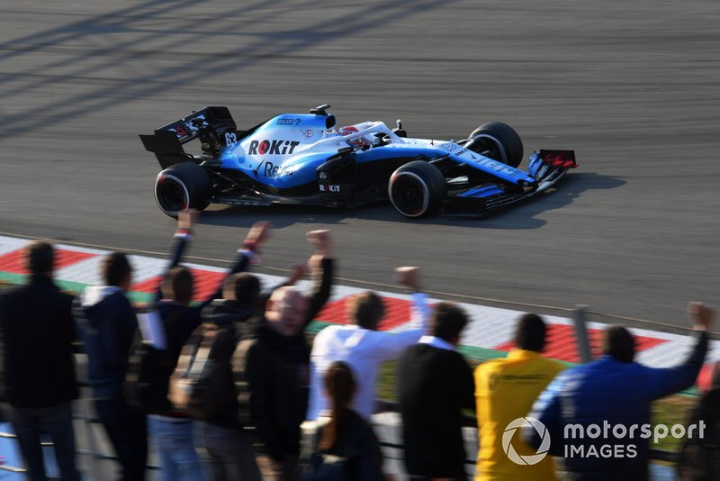 19º George Russell, Williams FW42, , 1:18.130 (Neumáticos C5, día 7)