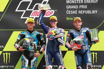 Podio: il secondo classificato Aron Canet, Estrella Galicia 0,0, il vincitore della gara Fabio Di Giannantonio, Del Conca Gresini Racing Moto3, il terzo classificato Jakub Kornfeil, Prustel GP