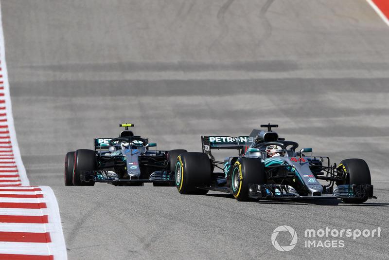 Lewis Hamilton, Mercedes-AMG F1 W09, Valtteri Bottas, Mercedes-AMG F1 W09