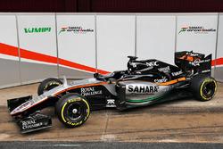 Машина Sahara Force India F1 VJM09
