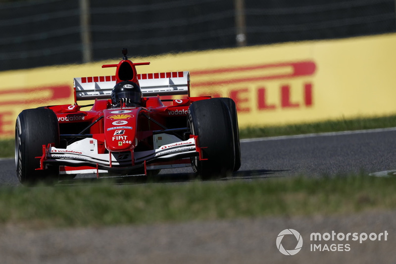 Автомобиль Ferrari, демонстрационные заезды Legends F1 30th Anniversary