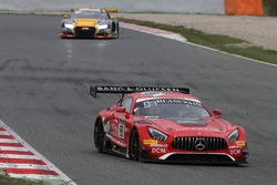 #88 AKKA ASP Mercedes AMG GT3: Фелікс Серралес, Даніель Хункаделья, Трістан Вотьє