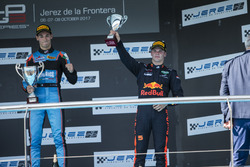 Podium: Niko Kari, Arden International