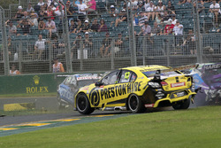 Nick Percat, Brad Jones Racing Holden, Lee Holdsworth, Team 18 Holden crash