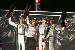 Yarış galibi Andy Soucek, Maxime Soulet, Vincent Abril, Bentley Team M-Sport