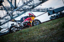 Das Bike von Stefan Bradl, Honda World Superbike Team am F60 Bagger