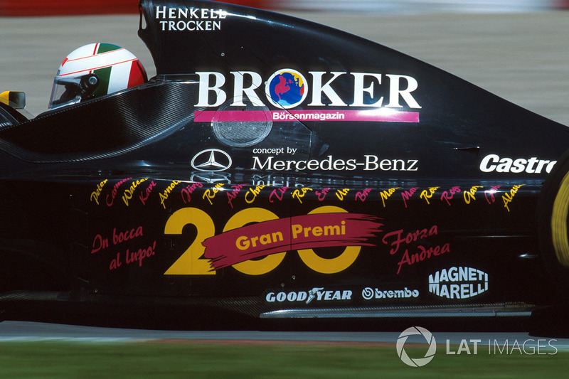 Andrea de Cesaris: 208 Rennen