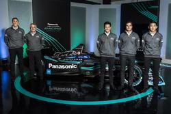 Командний директор Jaguar Racing Джеймс Беркле, керівник, Panasonic Jaguar Racing Герд Маузер, Нельс