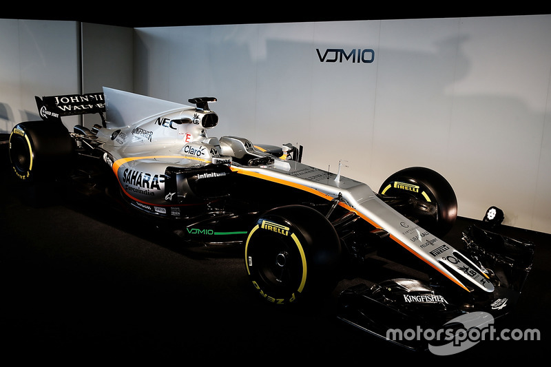 De Force India F1 VJM10 in volle glorie: