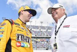 Kyle Busch, Joe Gibbs Racing Toyota, Rick Hendrick