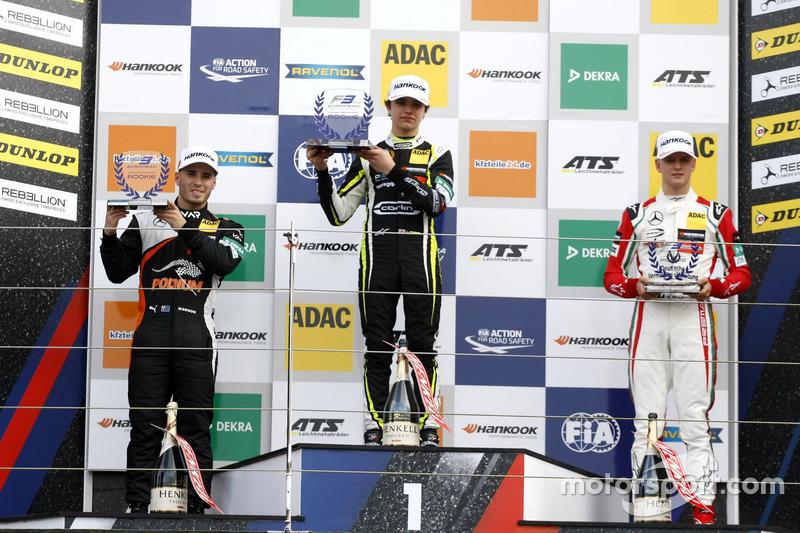 Rookie Podium: Race winner Lando Norris, Carlin,  Dallara F317 - Volkswagen, second place Joey Mawson, Van Amersfoort Racing, Dallara F317 - Mercedes-Benz, third place Mick Schumacher, Prema Powerteam, Dallara F317 - Mercedes-Benz