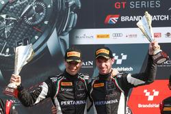 Победители гонки Кристиан Энгельхарт и Мирко Бортолотти, GRT Grasser Racing Team