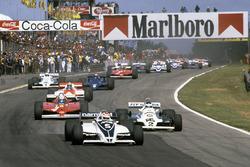Start: Nelson Piquet, Brabham BT49C, führt
