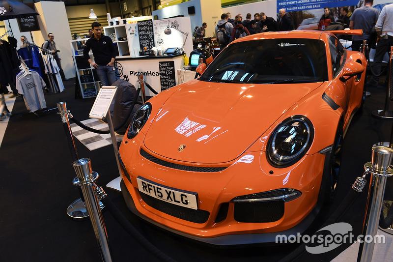 Porsche en el Pistonheads stand