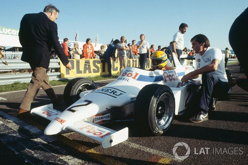 Айртон Сенна, Ralt RT3-Toyota, на першій стартовій позиції із босом команди Діком Беннеттом