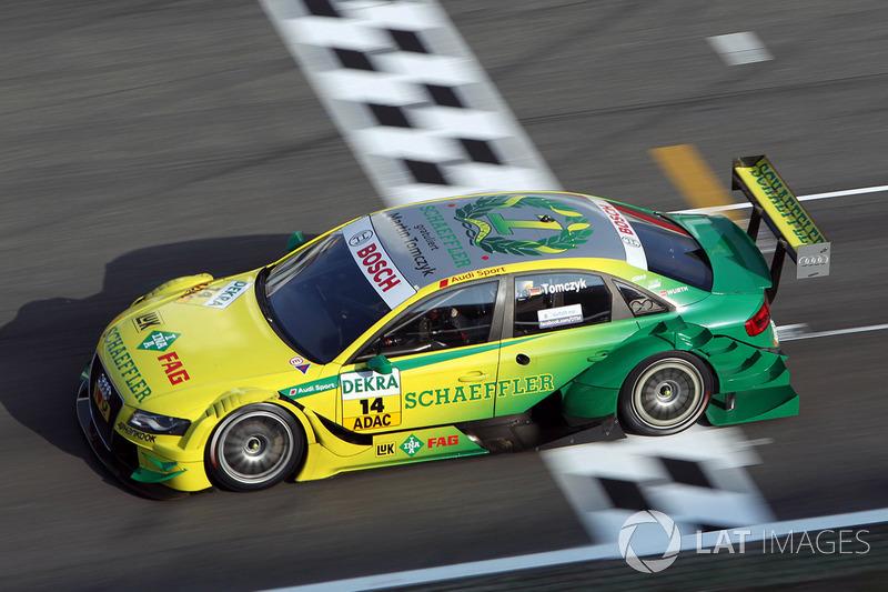 2011 (машина чемпиона и титул конструктора): Audi A4 DTM