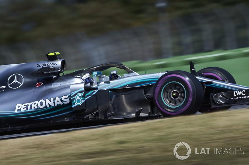 2: Valtteri Bottas, Mercedes AMG F1 W09, 1'11.416