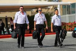 Eric Boullier, McLaren Racing Director and Jonathan Neale, McLaren Managing Director