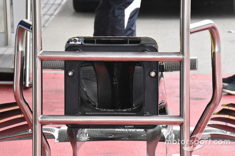 Ніс Renault Sport F1 Team R.S. 18