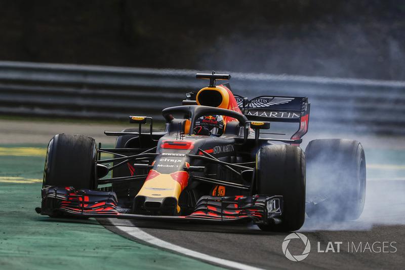Для Red Bull это 60-й быстрый круг в гонке. Столько же быстрых кругов в активе Mercedes