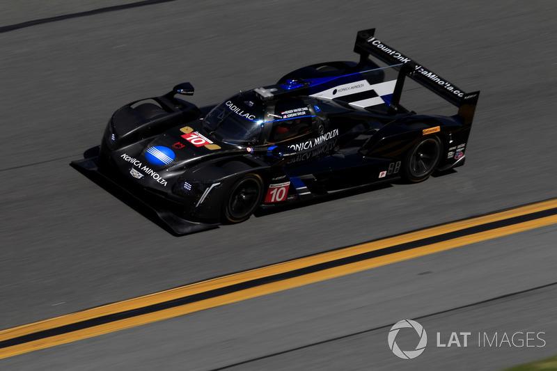 #10 Wayne Taylor Racing Cadillac DPi: Jordan Taylor, Renger Van Der Zande