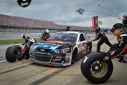 Austin Dillon, Richard Childress Racing Chevrolet pit action