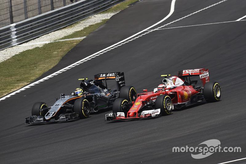 Sergio Perez, Sahara Force India F1 VJM09, Kimi Raikkonen, Ferrari SF16-H