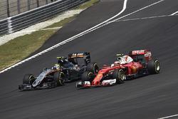 Sergio Perez, Sahara Force India F1 VJM09; Kimi Räikkönen, Ferrari SF16-H