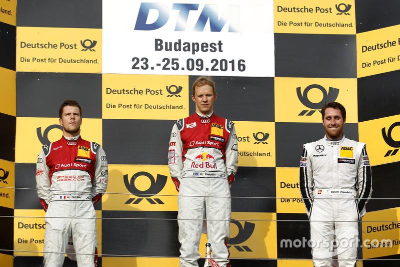 Neben Ekström und Tambay steht Daniel Juncadella auf dem Podium, aber ...