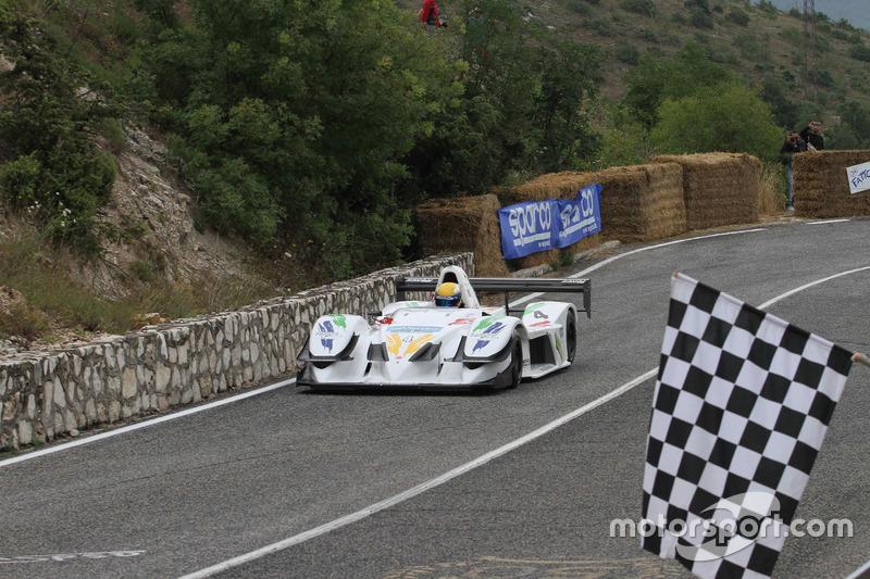 Domenico Scola, Osella Fa 3000 Zytec, Jonia Corse prende la bandiera a scacchi